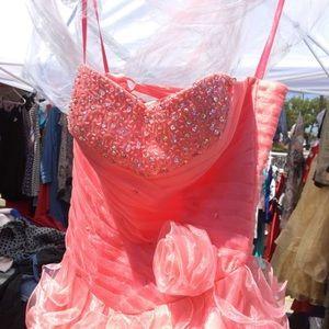 Size 6 gown /quinceañera/sweet 16 dress